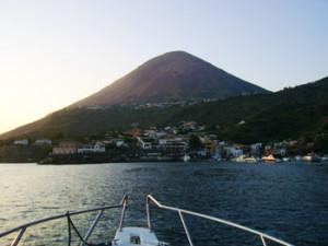 tor salina by boat
